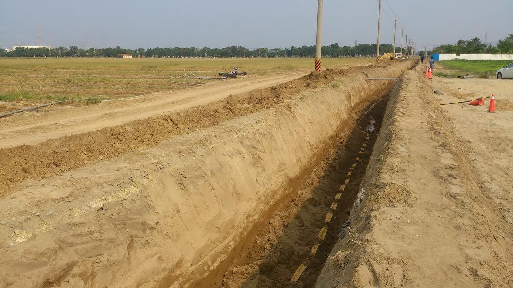 地球公民基金會2年前也質疑,新園農場產業園區的排水道工程施工恐破壞大坌坑文化新園...