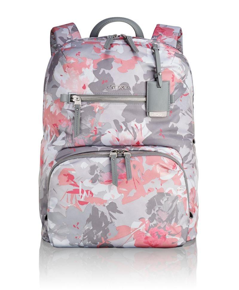 TUMI Voyageur系列Halle後背包,推出粉紅印花新色,就是要討好女性...