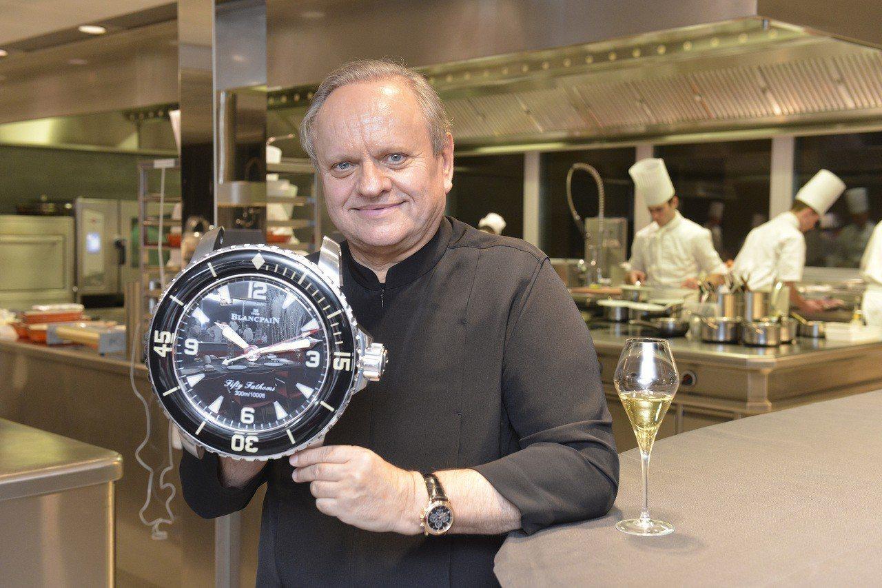 名廚侯布雄除了收藏不少寶珀表,更在旗下多個餐廳中,採用品牌的五十噚造型掛鐘。圖/...