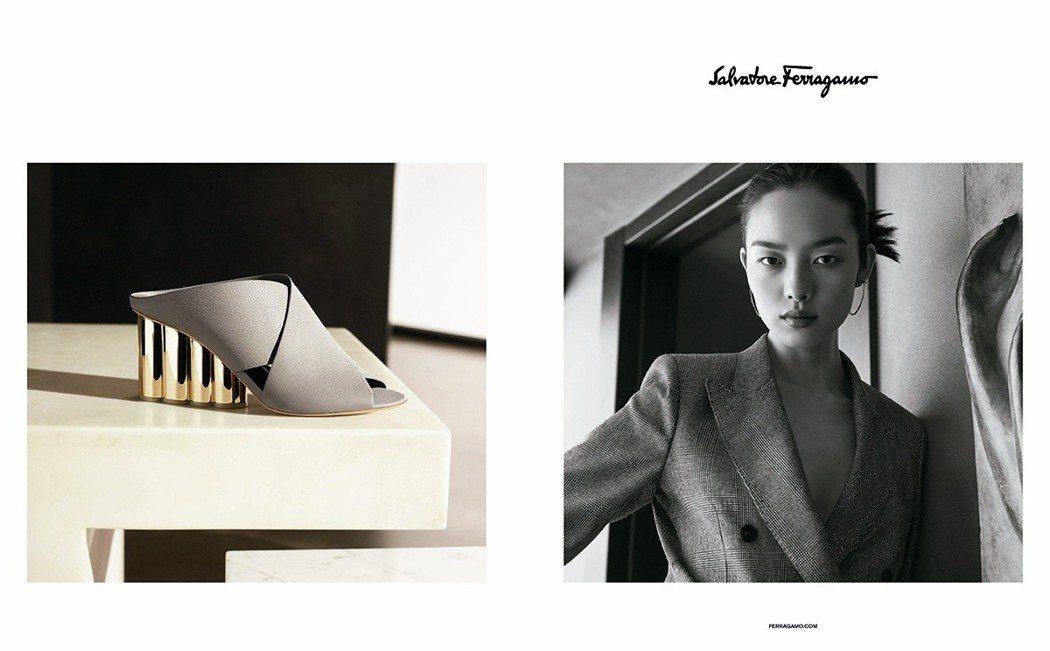 Ferragamo春夏以黑白模特兒肖像與彩色靜物畫面雙格呈現服裝與配件,並結合雕...