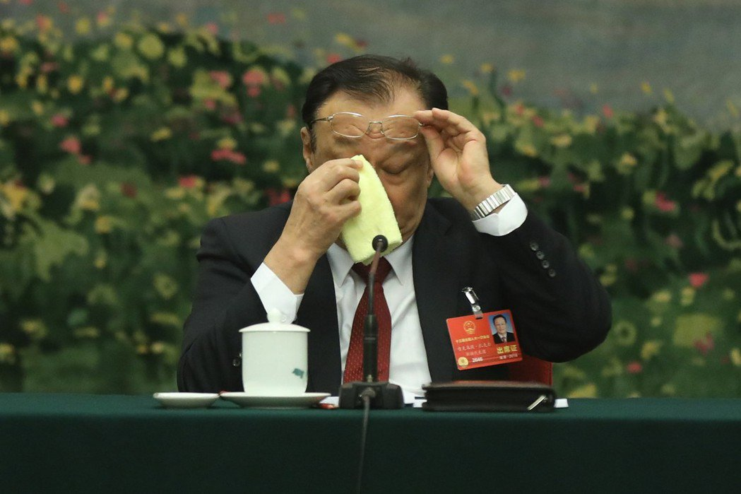 陸媒報導,新疆維吾爾自治區主席雪克來提·扎克爾答記者問時表示,經過這兩年努力,新...