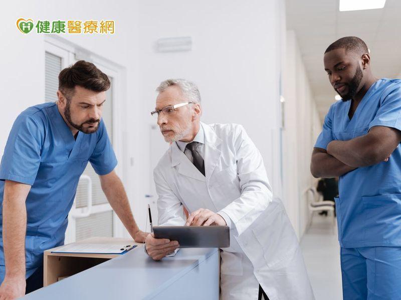 醫師年齡與患者死亡率有關? 醫師看診量是關鍵!