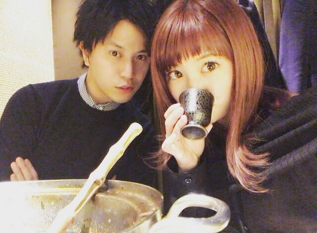 矢口真里與梅田賢三愛得高調。圖/摘自推特