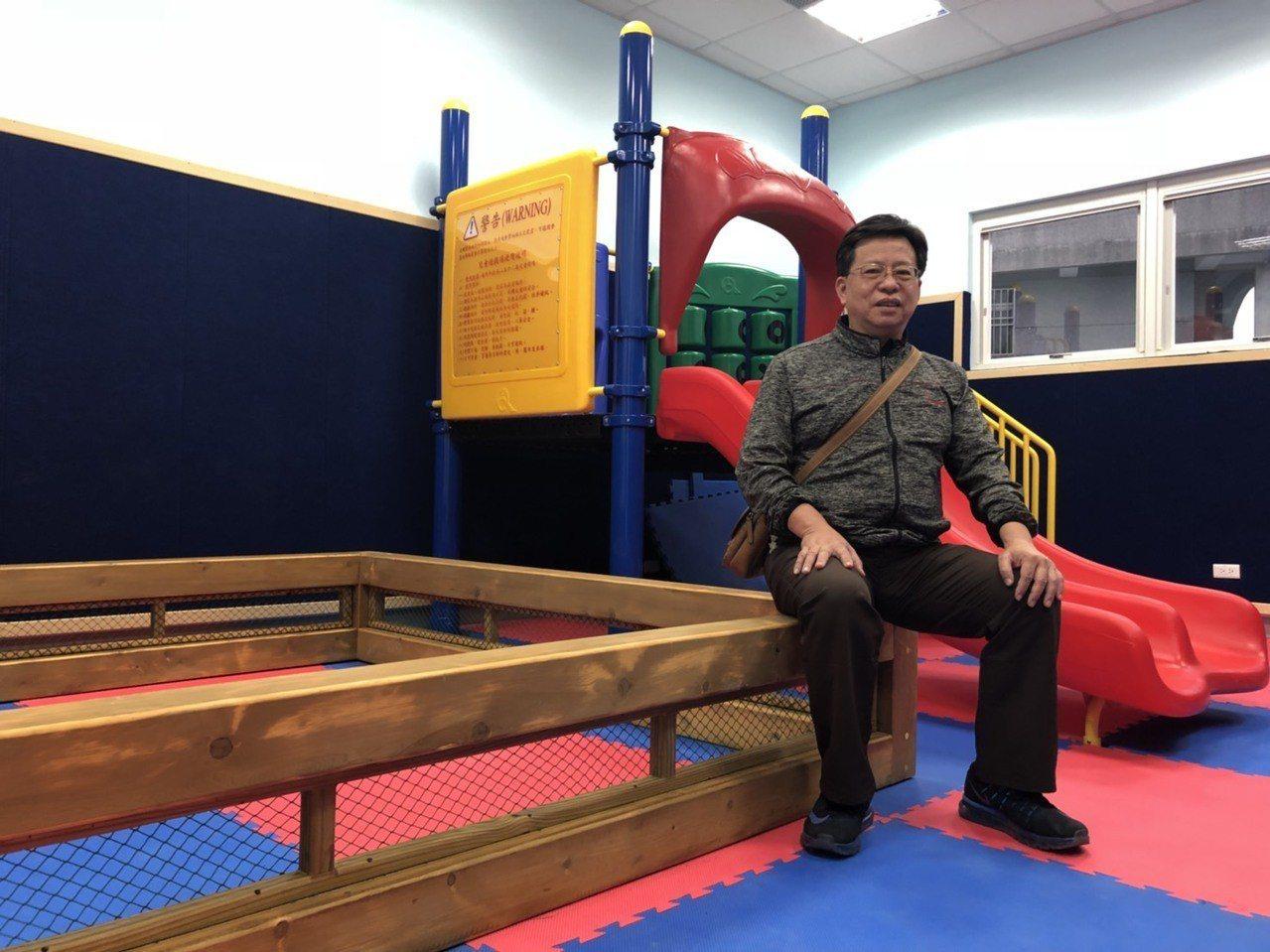 提供免費兒童遊戲室,鼓勵家長帶孩子同行。記者王慧瑛/攝影