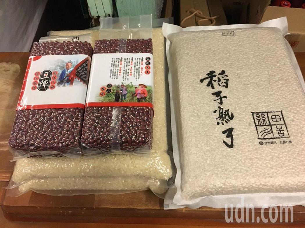 這次參與友善市集的夥伴來自全台各地,包括稻子熟了自然農法稻米、豆陣宋江紅豆等,都...