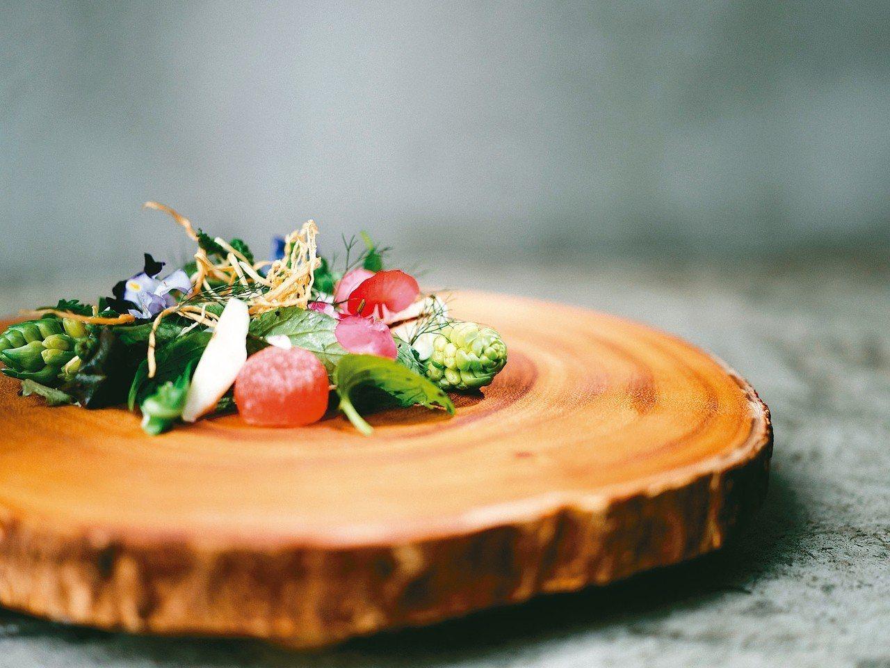 MUME團隊著重使用在地食材,菜色清秀有創意。 圖/MUME提供