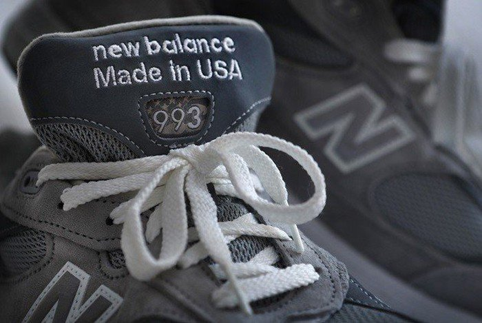 投消費者所好,紐巴倫(New Balance)八成球鞋已經移回美國生產。愛迪達、...