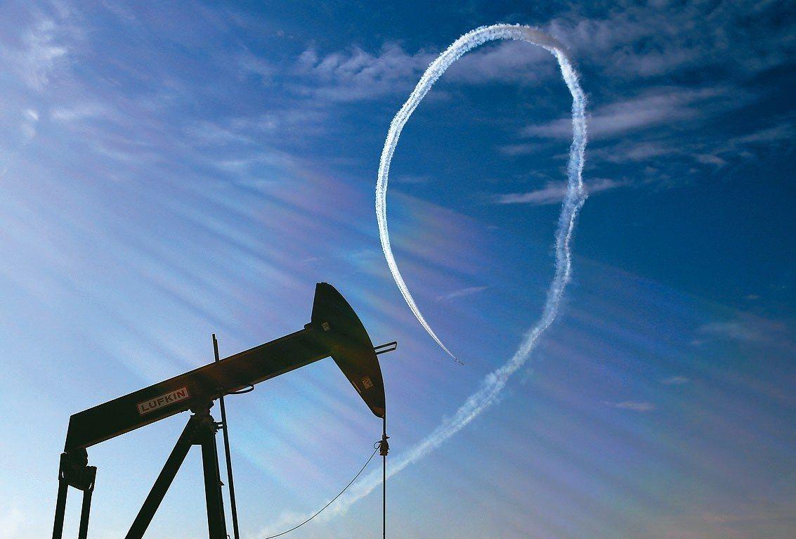 石油輸出國組織(OPEC)上修對美國和其他產油國今年的產量預測,為連續第四個月調...