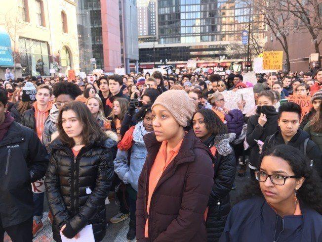 不同族裔的學生都在活動現場表達訴求。特派員黃惠玲/攝影
