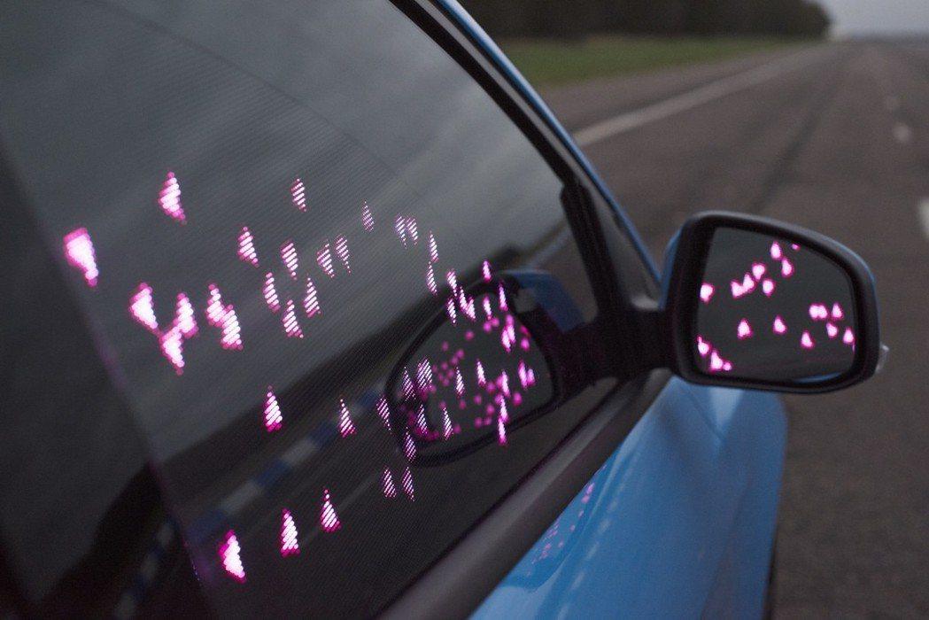 受試者被測量到的每一個「興奮時刻」皆可透過車上近20萬個LED燈產生炫目的動畫效果。 圖/Ford提供
