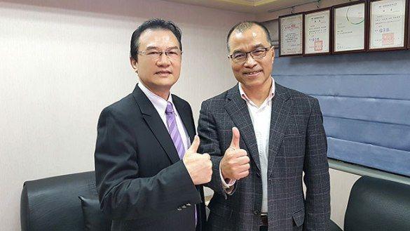 理財周刊發行人洪寶山(左)、葉匡時(右)