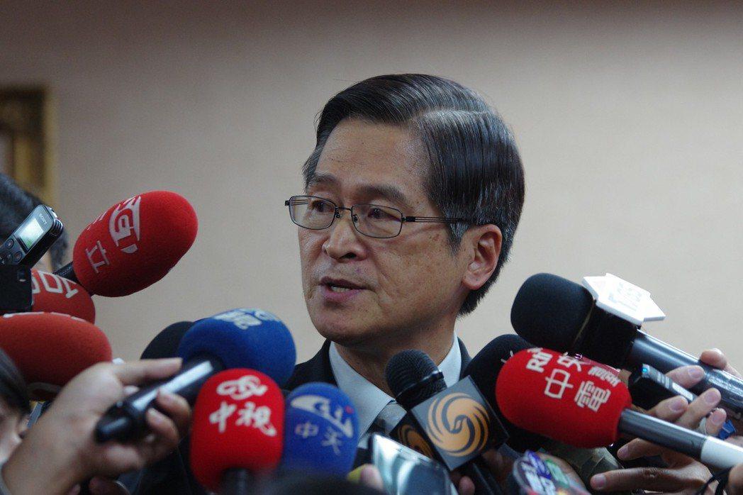 國防部長嚴德發首度到立院外交國防委員會。記者程嘉文/攝影