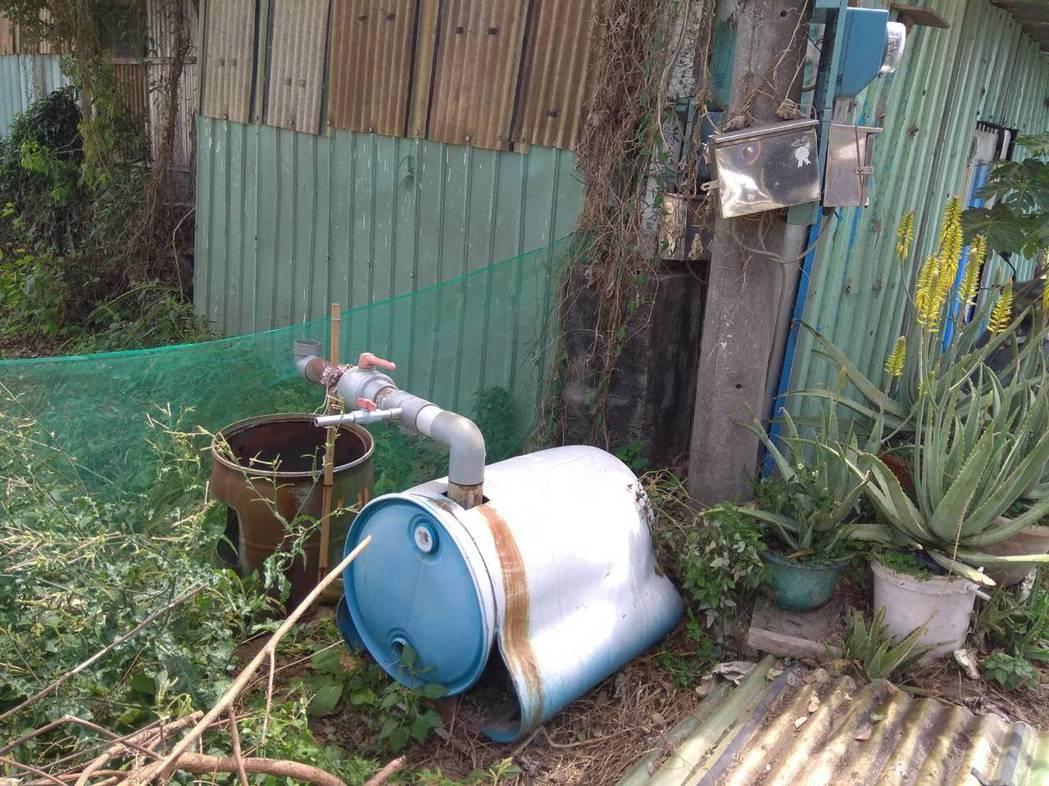 灌溉用水井使用轉接器材前的情形。記者劉星君/翻攝