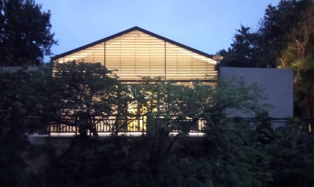新竹公園內的「風live house」是新竹市首座專業級中型live house...