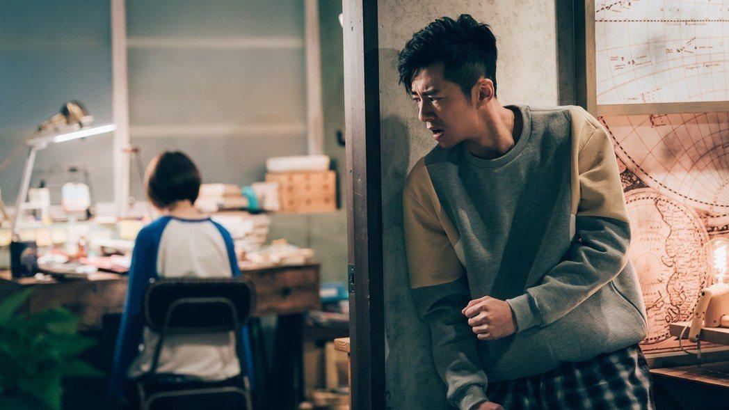 李國毅演出撞鬼戲碼表情生動。圖/歐銻銻娛樂提供