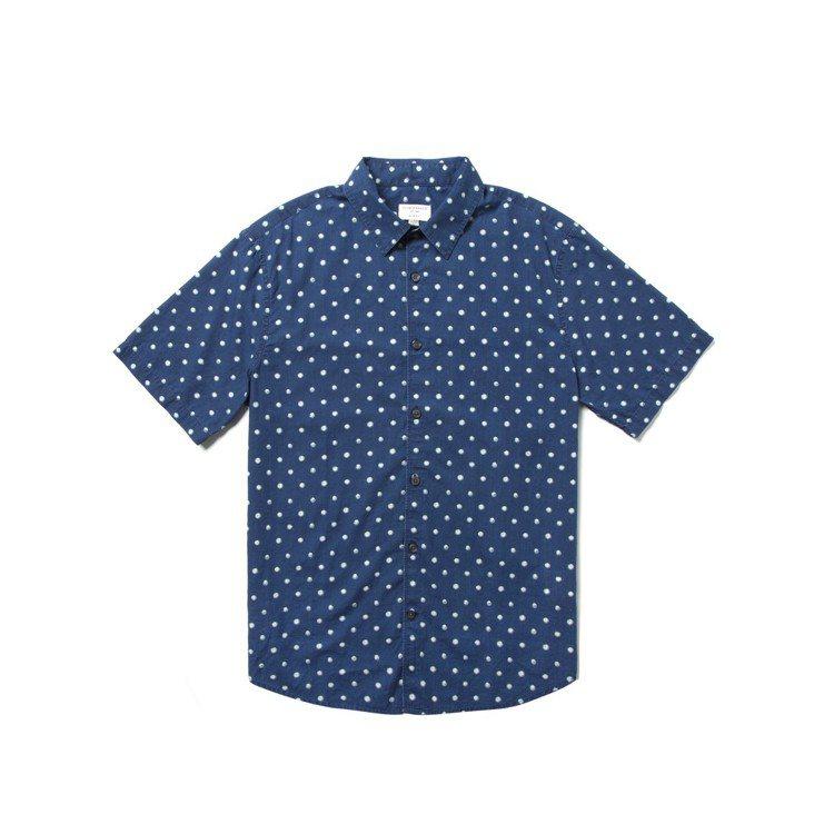 男裝手繪感圓點襯衫。圖/Club Monaco提供