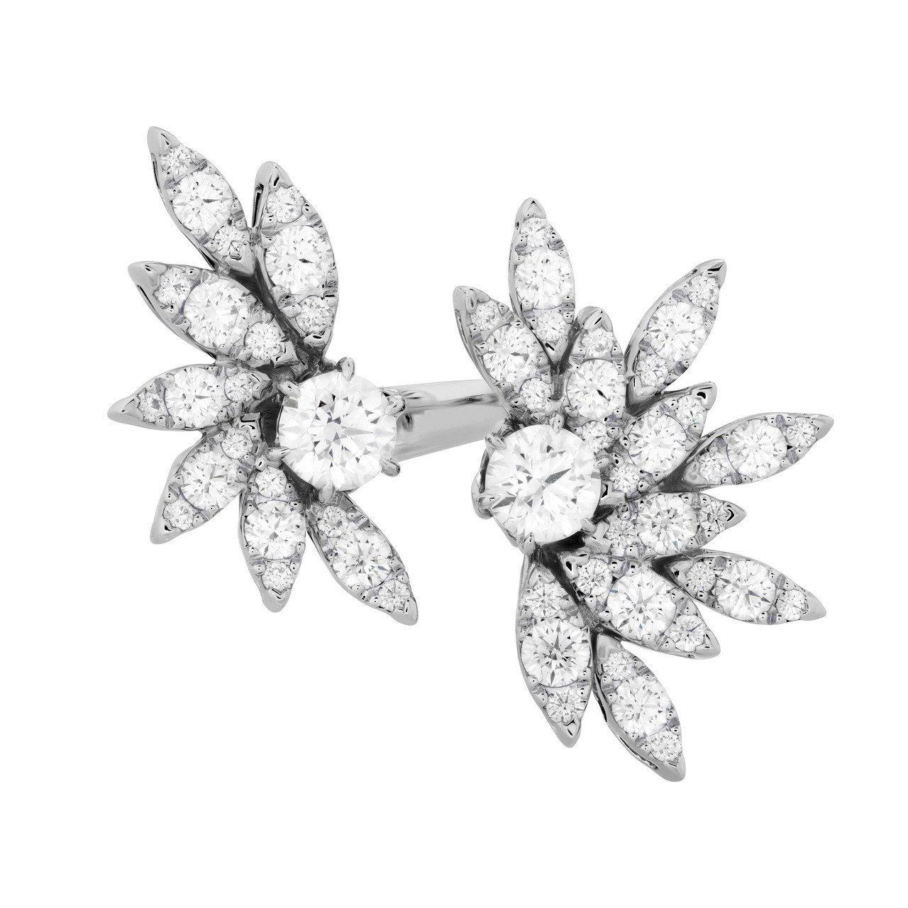 Flight鑽石戒指,鑽石總重3.13克拉,79萬6,000元。圖/ Heart...