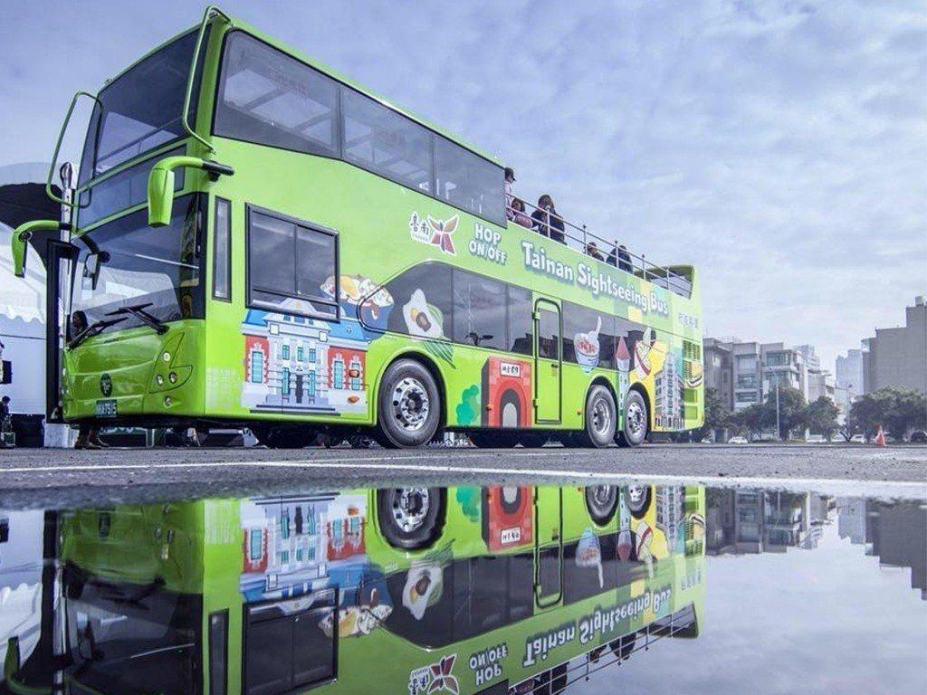 台南雙層巴士。圖/台南市觀光旅遊局提供