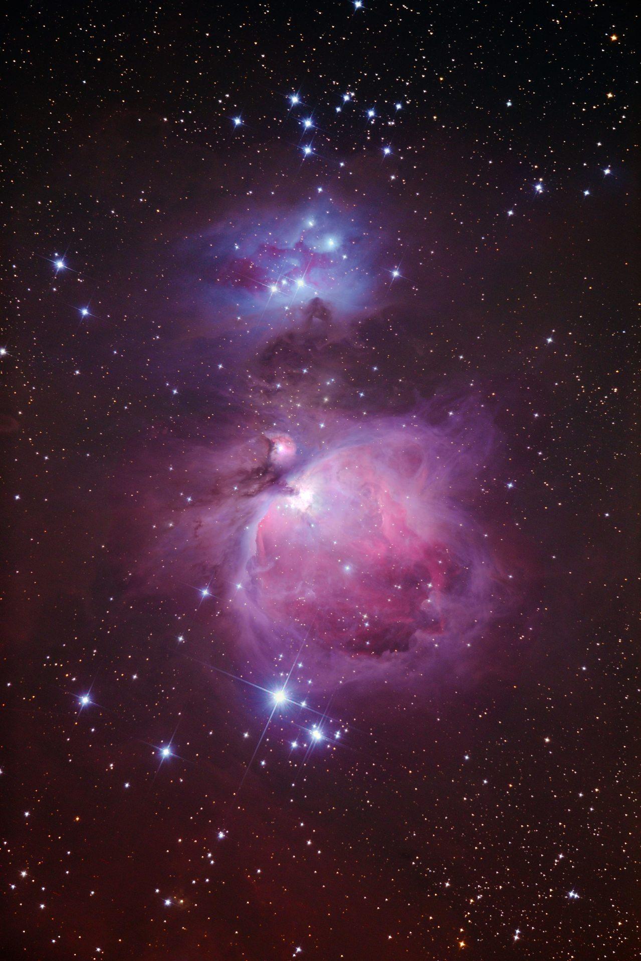 梅西爾目錄裡的M42火鳥星雲是屬於冬季星空裡較容易用肉眼就可以看見的梅西爾天體。...