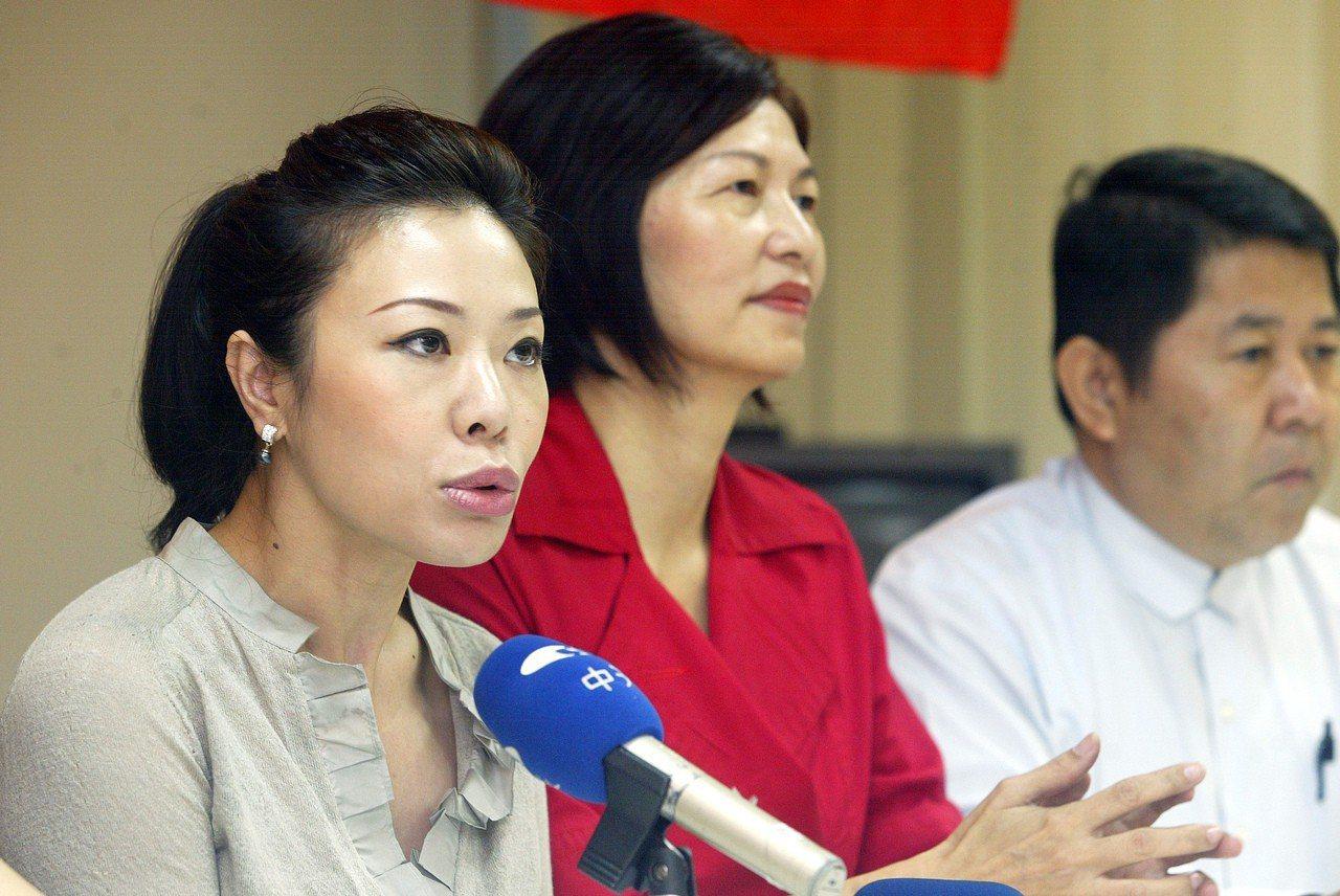 國民黨團書記長李彥秀(左一)。聯合報系資料照