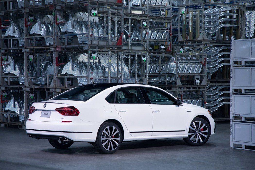 圖為Volkswagen Passat GT。 摘自Volkswagen