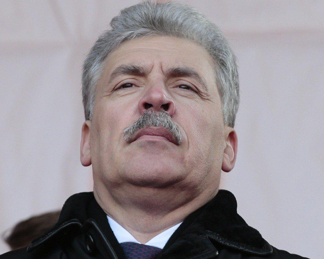 格魯季寧代表俄羅斯共產黨參選。 (路透)