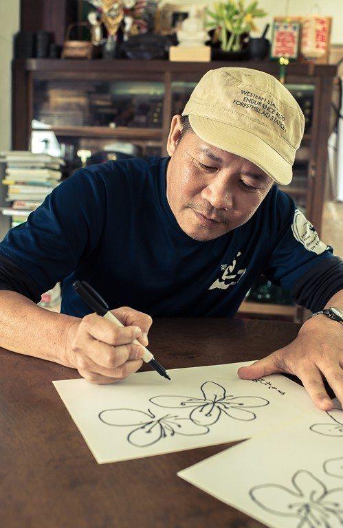 デザイナーの蕭青陽さんは2018台北ツツジフェスティバルのメインビジュアルを担当...