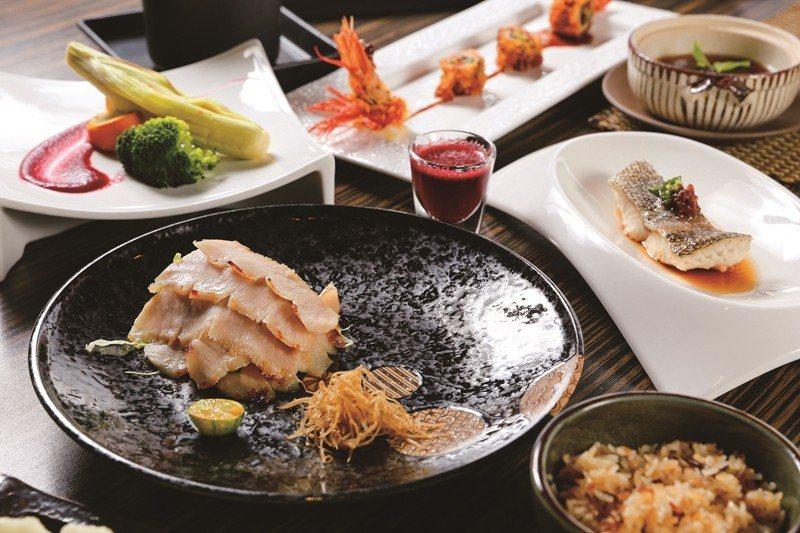 「少帥私房コース」は海鮮と地元の食材を合わせた素材の味わいと新鮮さを楽しめるメニ...