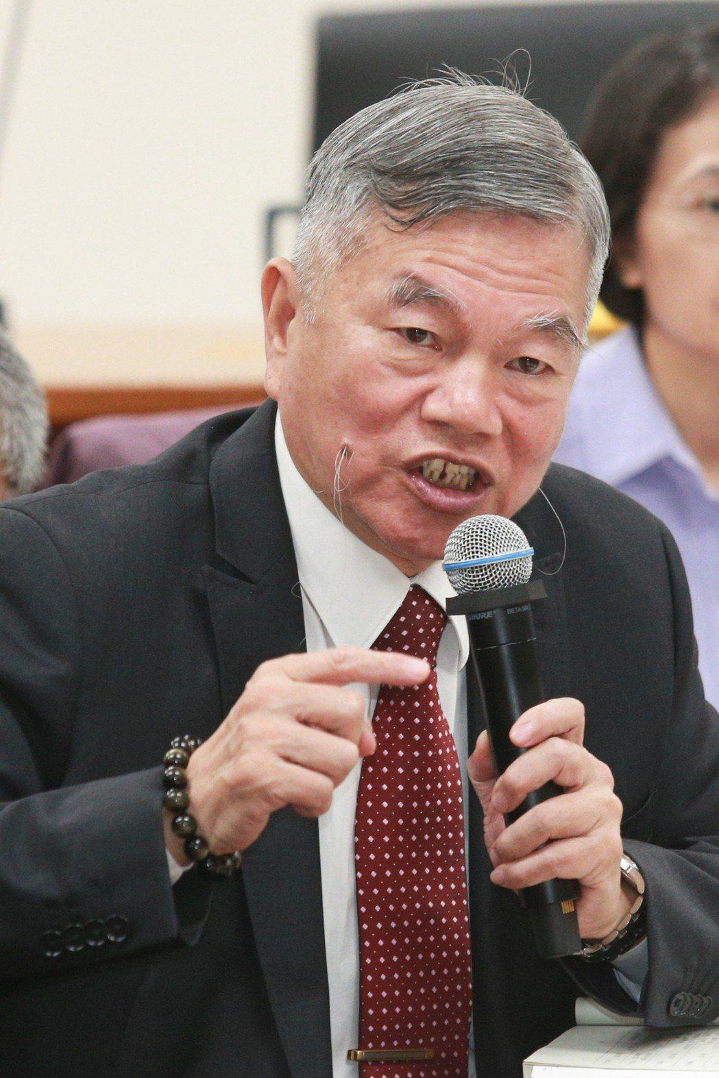 經濟部長沈榮津。本報資料照片
