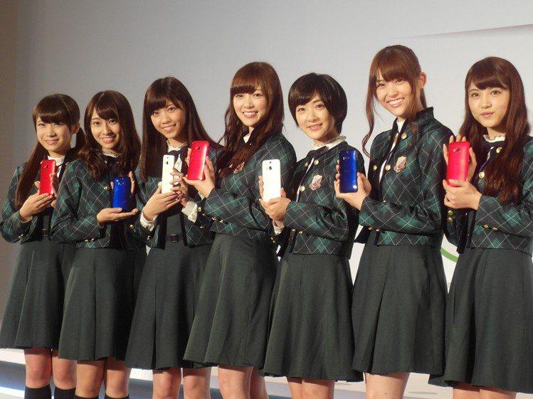 日本偶像團體乃木坂46帶起的制服風,也是讓日本學校制服10年來漲近20%的原因。...