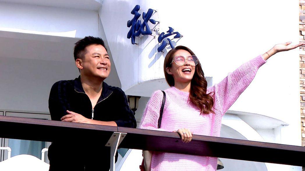 高宇蓁(右)為「金家好媳婦」獻出泳裝和床戲,左為江宏恩。圖/三立提供