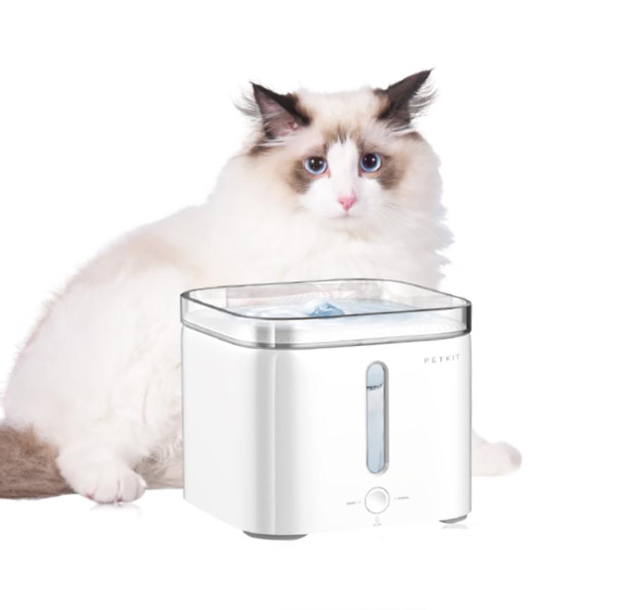 PETKIT智能寵物循環活水機,特價1,850元。圖/momo購物網提供