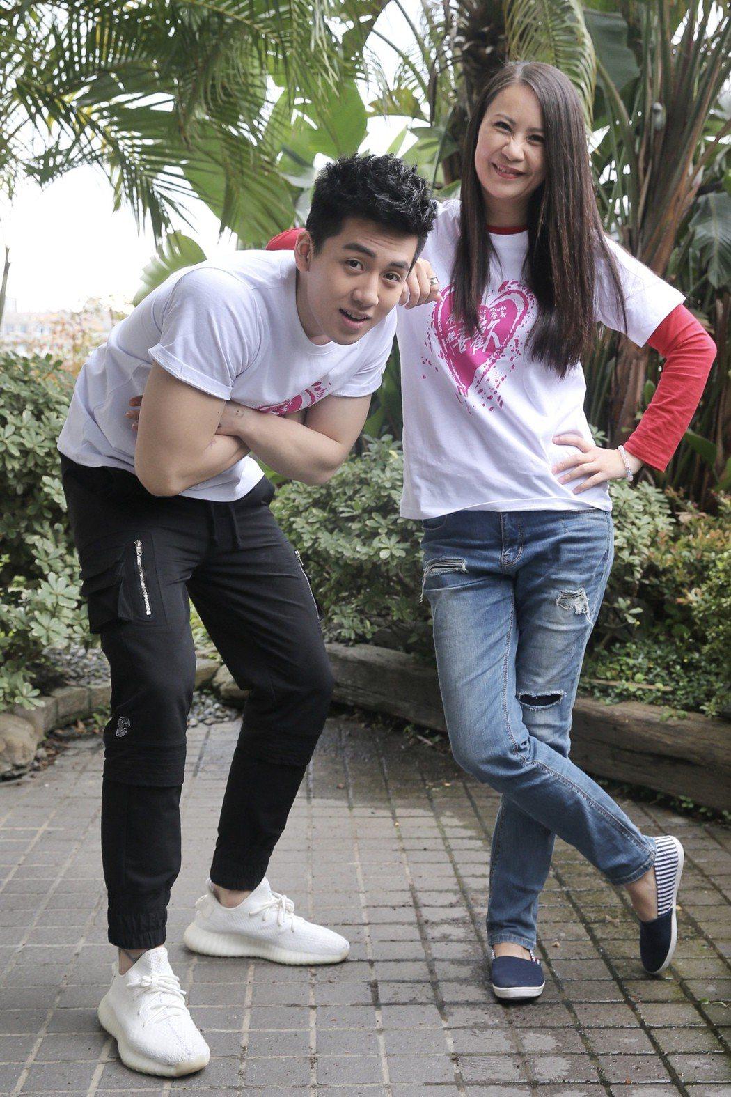 導演王郁惠(右)、「寶弟」葛兆恩(左)。記者林伯東/攝影
