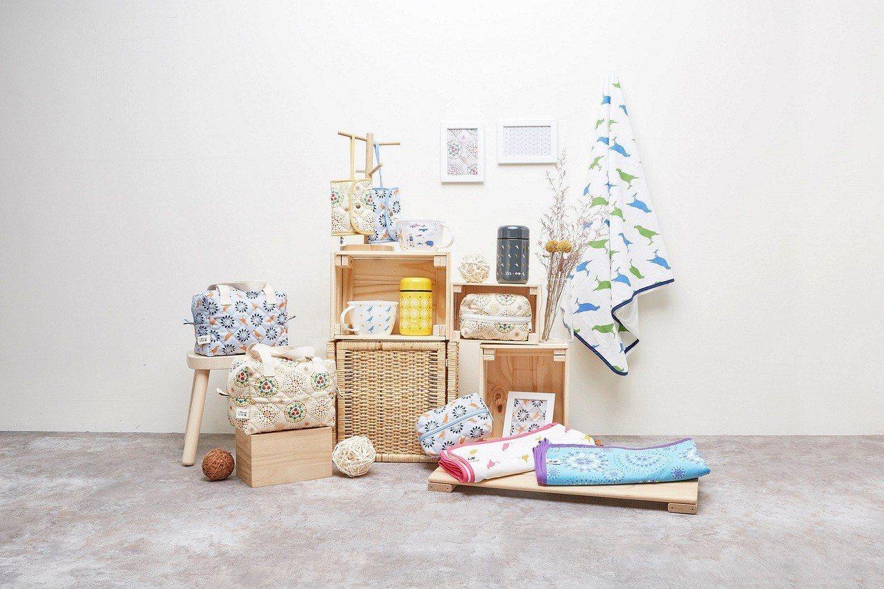 萊爾富攜手知名印花布品牌「印花樂in Blooom」推出15款日常生活用品。圖/...