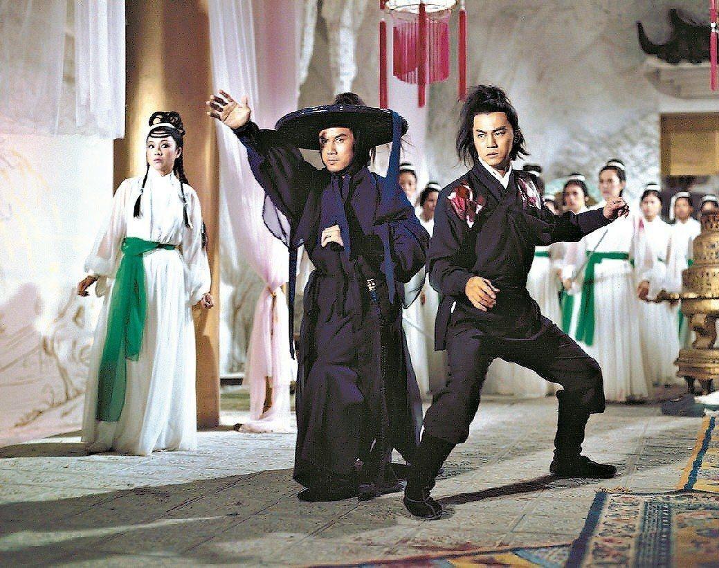 狄龍(右起)、凌雲、李菁在邵氏電影「楚留香」同台。圖/報系資料照片