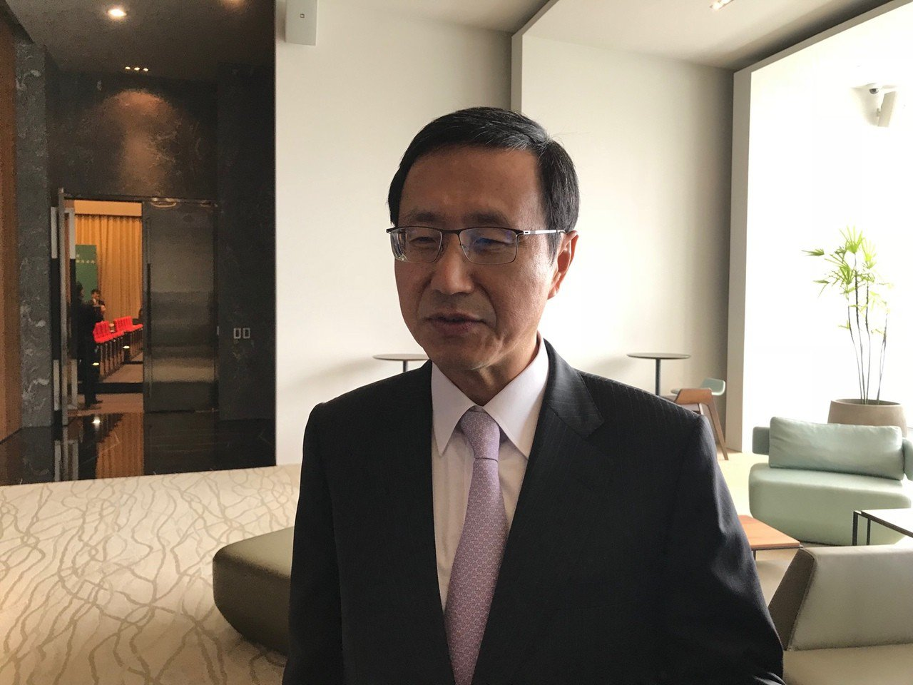 中信銀總經理陳佳文說,銀行在全球14個國家共設有110個據點,海外市場占全行獲利...