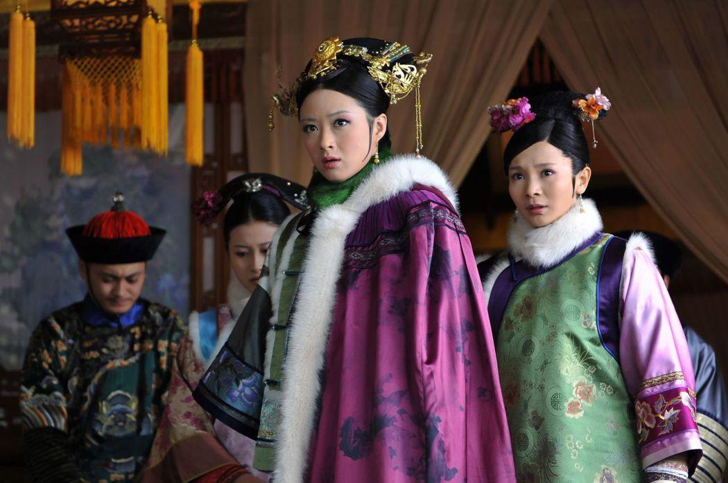 蔣欣飾演的「華妃」年羹堯之妹。圖/中天提供