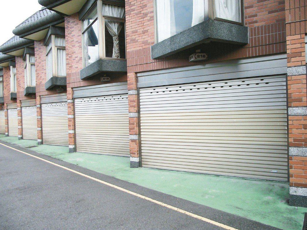 業者推動「共享停車」,受到行政法規限制面臨困境。 圖/聯合報系資料照片
