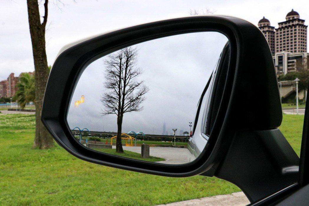 新增BSM盲點偵測系統。 記者陳威任/攝影