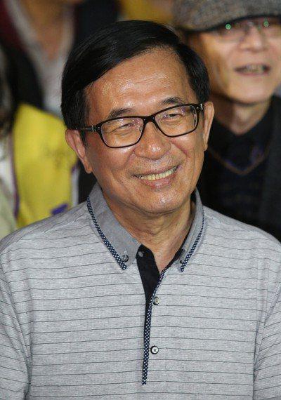 陳水扁前晚出席陳致中的造勢晚會,十分開心。 記者劉學聖/攝影