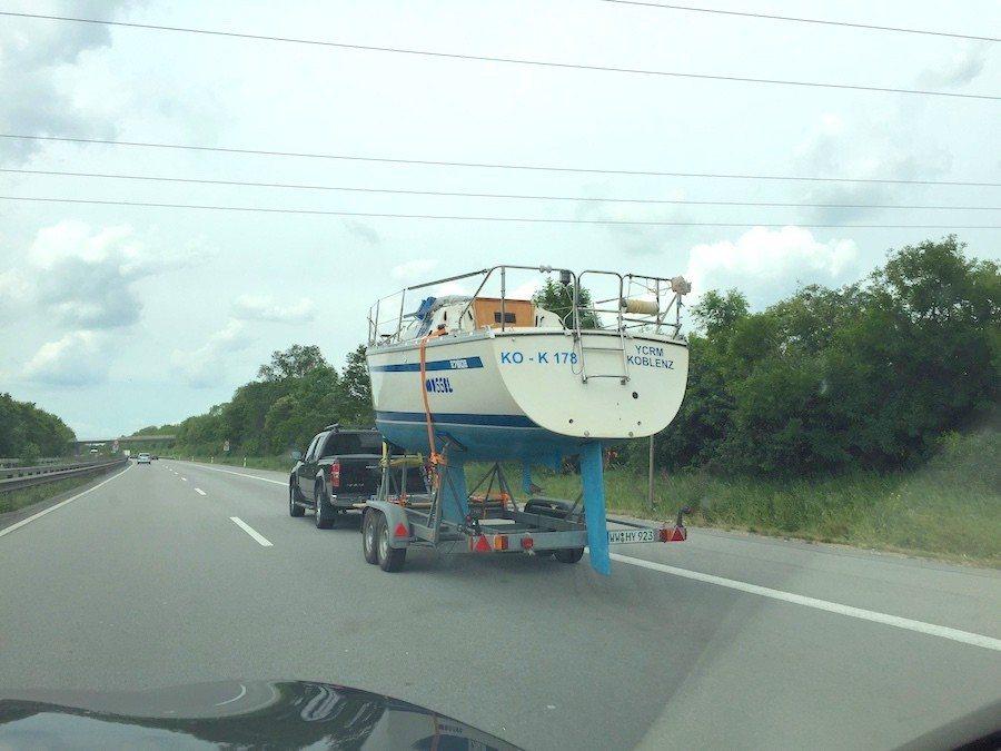 連水上飄的載具都出現了。 攝影 / 彭奕翔