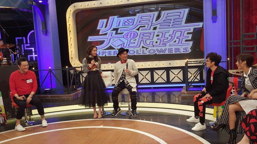 吳宗憲(右)今錄中天「小明星大跟班」。記者林怡秀/攝影
