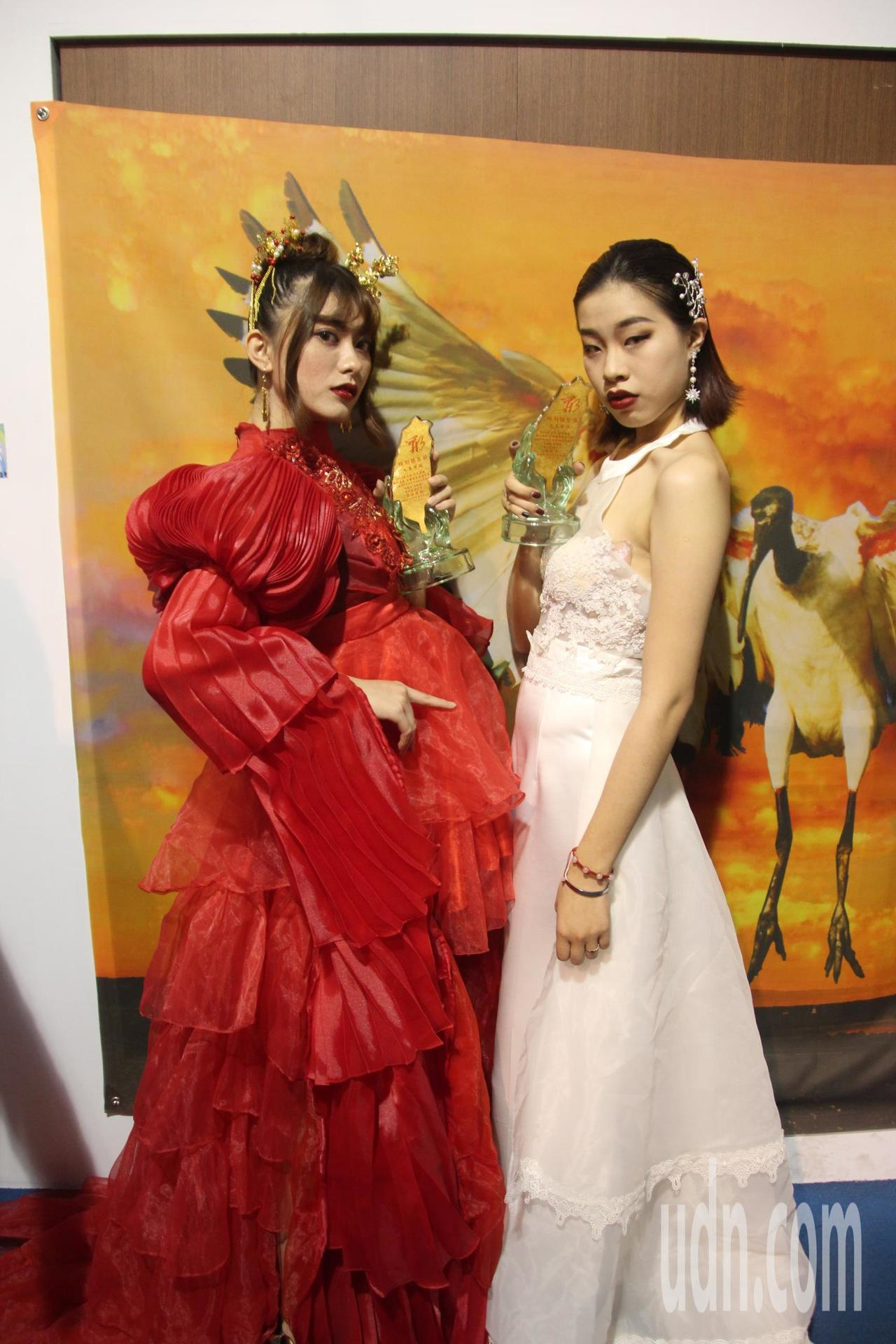 台灣形象美學協會與吳鳳科技大學今天在台灣玻璃館舉辦「衣元復始、萬形更新」活動,希...