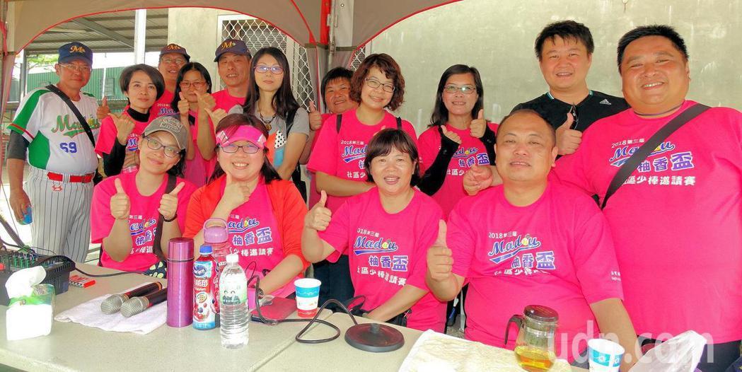 台南市柚城棒球發展協會都是一群熱愛棒球的家長,來自不同行業,共同信念是支持小朋友...