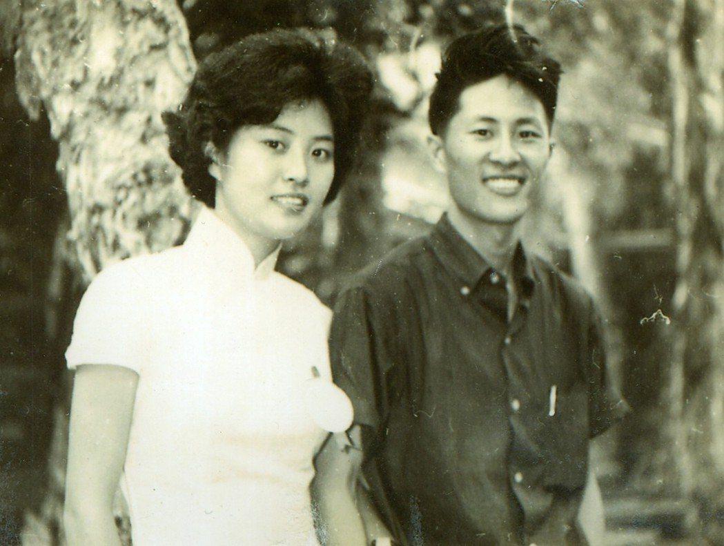 李敖一生多情,女兒李文的生母王尚勤(左),是知名作家王尚義(右)的妹妹。 圖/王尚勤提供