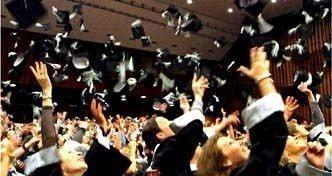 EMBA學生畢業典禮 汎亞國際教育中心/提供