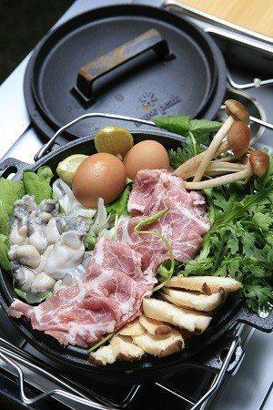 只要事前準備妥善,露營也能料理出美味大餐。(攝影/楊智仁)