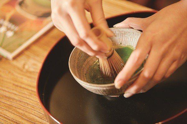 日式茶道的每道程序都有嚴謹的執行步驟。(攝影/梁忠賢)