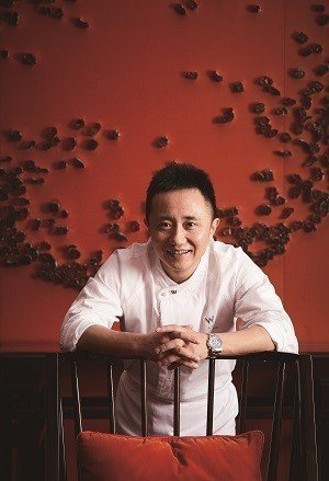 鄔海明尋找、採用台灣在地特色食材料理美味粵菜。(攝影/梁忠賢)