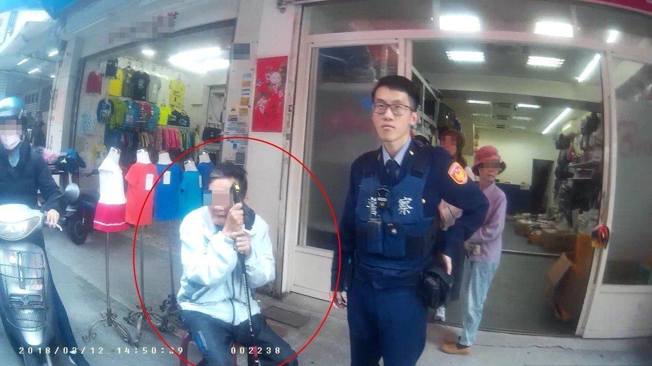 台中警方查獲男子涉嫌偷車。記者游振昇/翻攝
